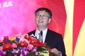 """美国大豆出口协会中国首席代表张晓平主持""""加强养殖者和加工者之间的联系""""环节"""