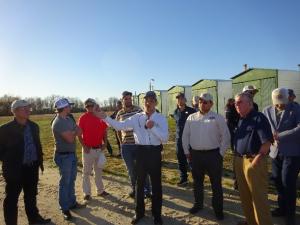 韩彦明博士在介绍美国的大豆农业